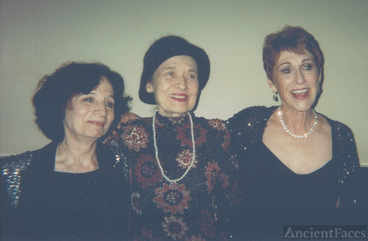 Julie May Wilson (center) with Michele and Amanda.