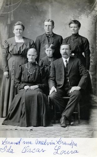 Unknown Family, Montana
