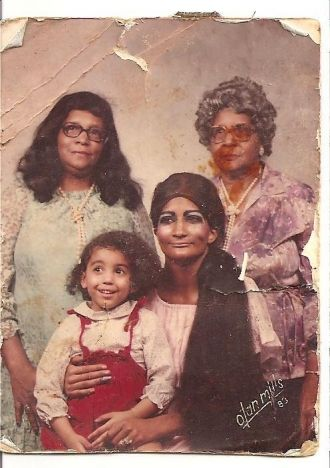 Mary E Batch family