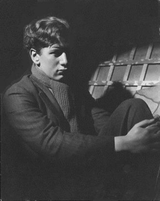 Peter Ustinov, young