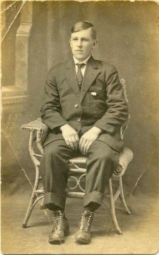 A photo of Bertis Hisler