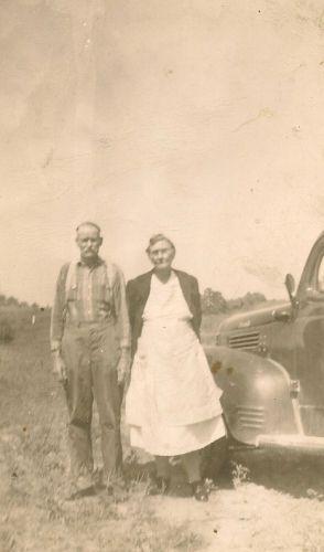 Charlie & Dollie (Smith) Gourley, TN 1940's