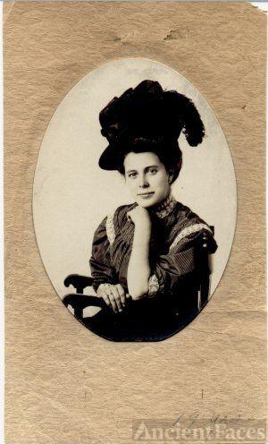 Nora Ellen Laman