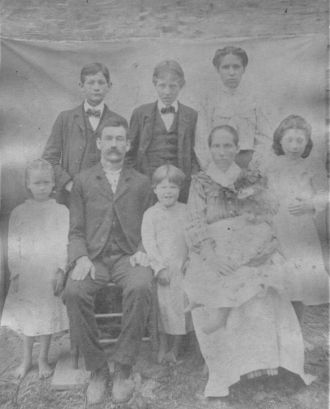 Jonah and Melissa Crowe Family