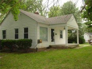 Clayson Dell Amos house