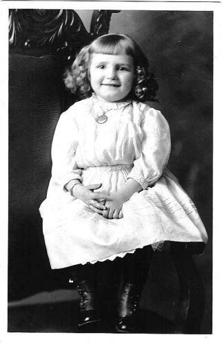 Mary Elzabeth Schneider
