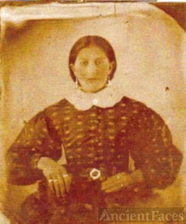 WHITFIELD: Lavina Whitfield Jernigan