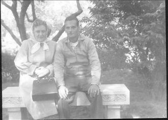Florence & Louis Schreiner, New York 1946