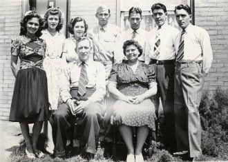 Eliza Mae (Lowery) Hamilton & family