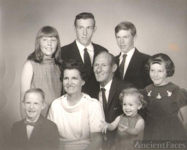 Theda E Crispin family