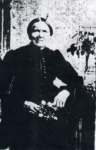 A photo of Sophia Henschel