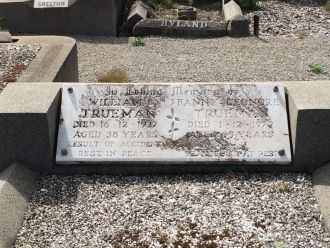 William Trueman and Fanny Lenora Humphrey gravesite