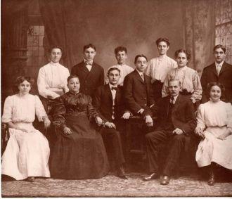 Schmal Family, St. Louis
