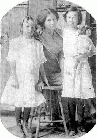 Willa Mae, Ollivia, & Mattie Benice