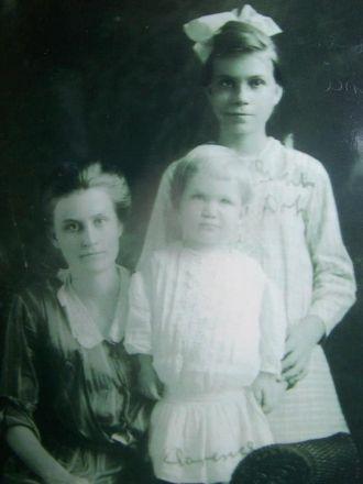 Tabitha Vining , Clarence & Lennie Hendrickson
