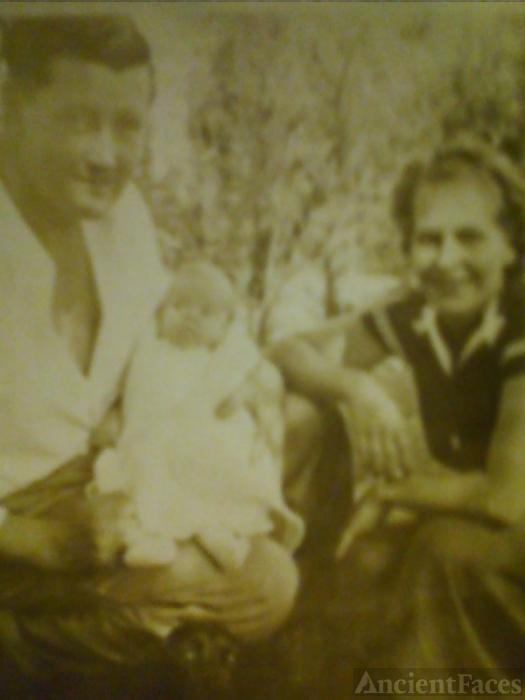 Nicholas, Lorene, & Marcia Kirwan, California 1936