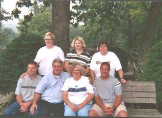 Waynuel & Sherry Fineran McCray family