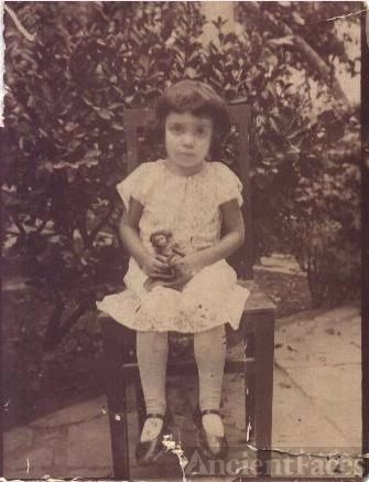 Aazar Hajmohammadali, 1928 (Age 4)