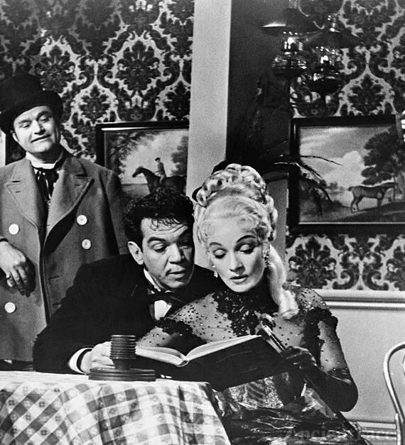 Marlene Dietrich, Red Skelton, Cantinflas