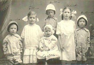 Grandchildren of Charles A. Willms