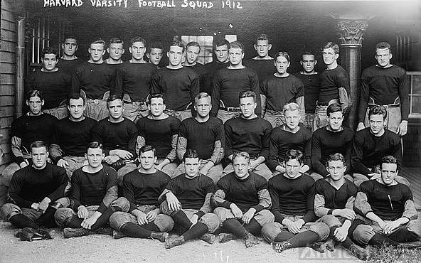 Harvard varsity football team, 1912