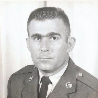 Glen R Dewitt, service