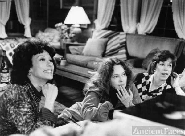 Sandy Dennis, Carol Burnett, and Rita Moreno