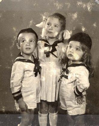 Yaakov, Hendel & Yitzhak Baum