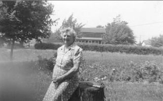 A photo of Kathleen Ardella Byers Elliott