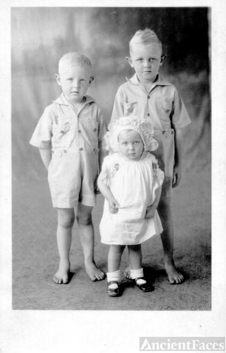 Children of Jeanette and Garnett Power