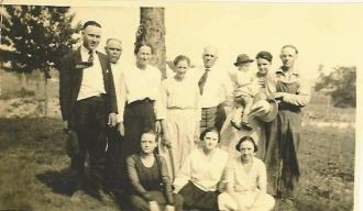 The Jacob & Nellie (Fields) Colglazier Family