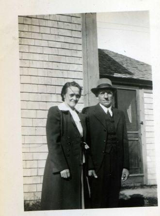 Bea & Tom Franklin