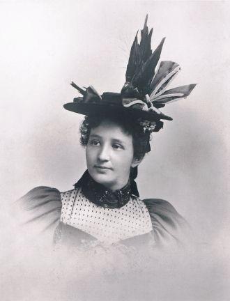 Bertha Jennet (Fox) Beardsley