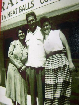 Dorothy Fullwood, Lowell Draper, Doris Draper