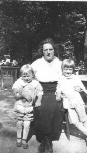 A photo of Erna F Wendt (Amberg)