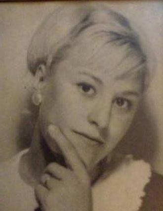 Michelle Veronica Ellis (Burgess) Markowicz