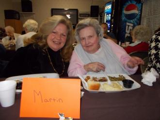 Marjorie and daughter Sandy