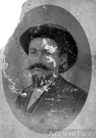 Robert (Cass) McKinley