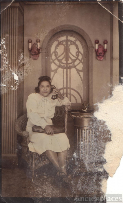 Mason Tennessee Woman on Telephone