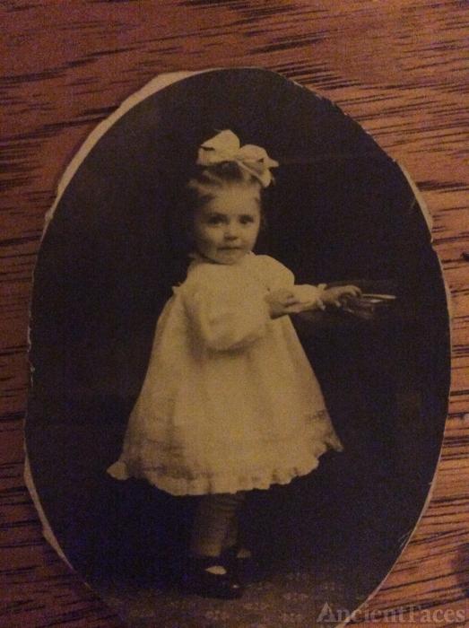 Lena Bennett, toddler
