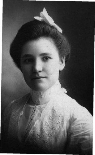 Anna Minnie Gertrude Dubbeldee Carver