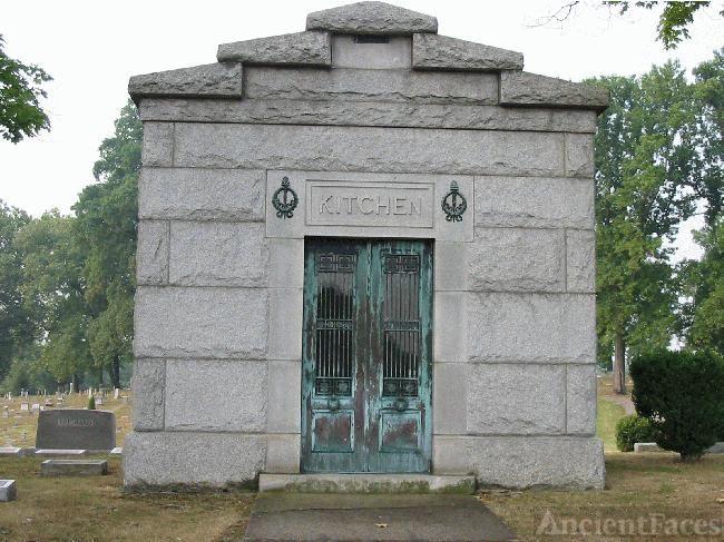 Kitchen Mausoleum, Ashland, Kentucky