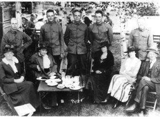 Stanley B Waite & Waite boys 1917