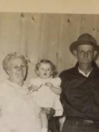 Dollie and Ottie Davie & family