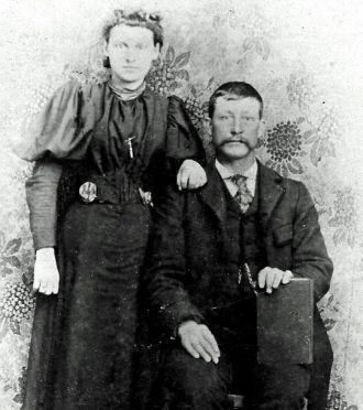 Carl McKinder Pinkerton Dill (1865-1908) and Anilda Rose Gendreau Dill (1877-1920) Circa 1900