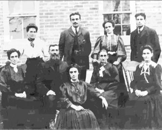 John & Mary Leduc with family, 1907