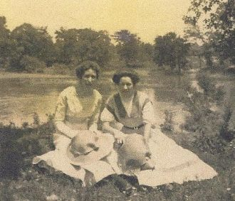 Dorothy Neill and sister Marie or Mary?