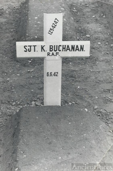 Kenneth  Buchanan gravesite