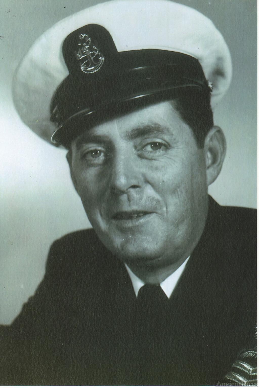 William E Stanton