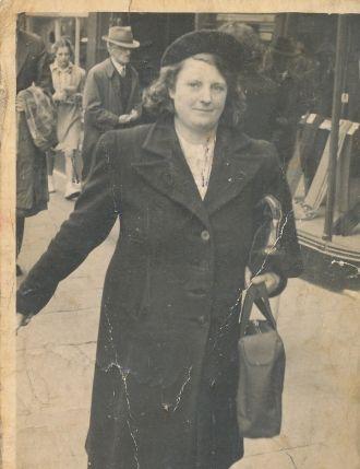 Edna Jane James
